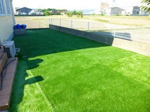 人工芝張り作業主庭防草シート人工芝敷